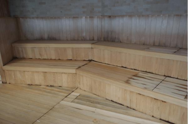 鶴見緑地屋内採暖室
